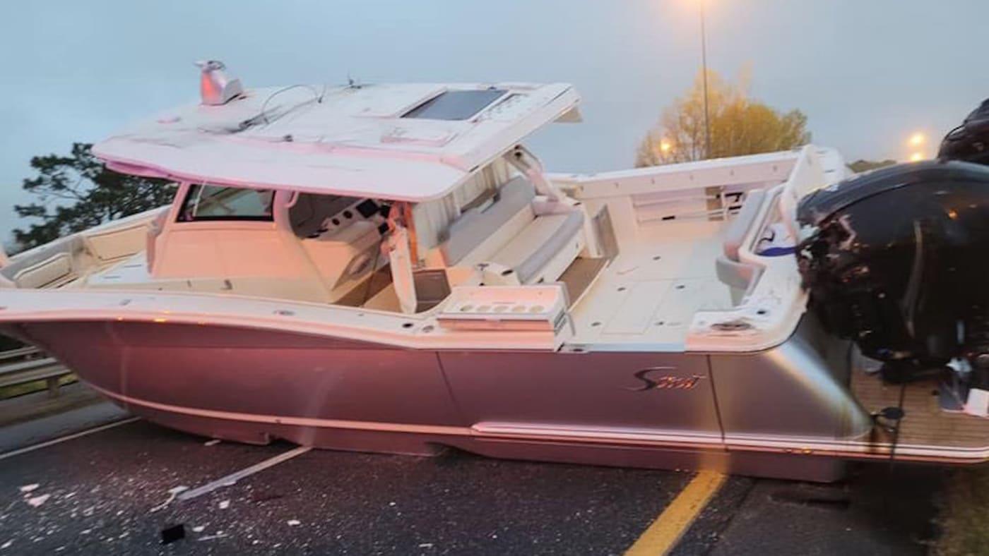 Florida boat blocks traffic on highway