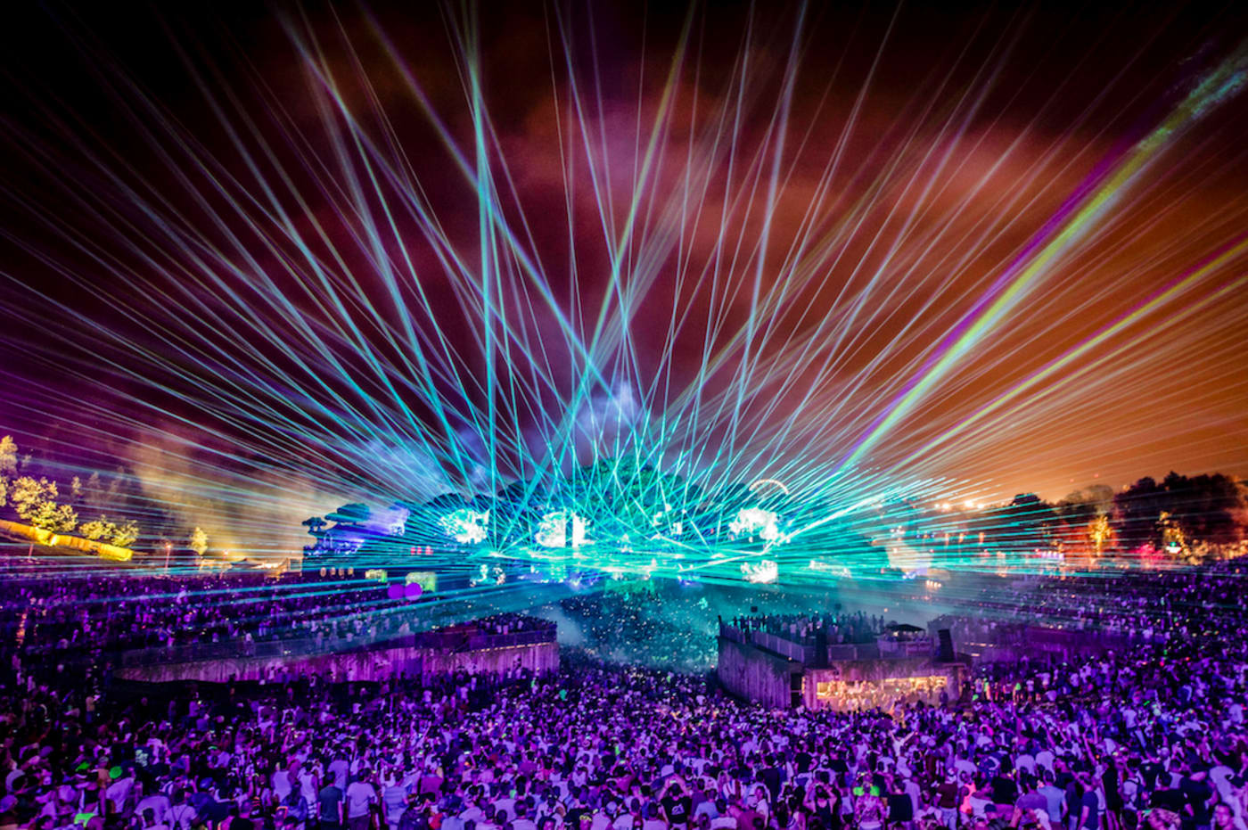 best electronic music festivals tomorrowland