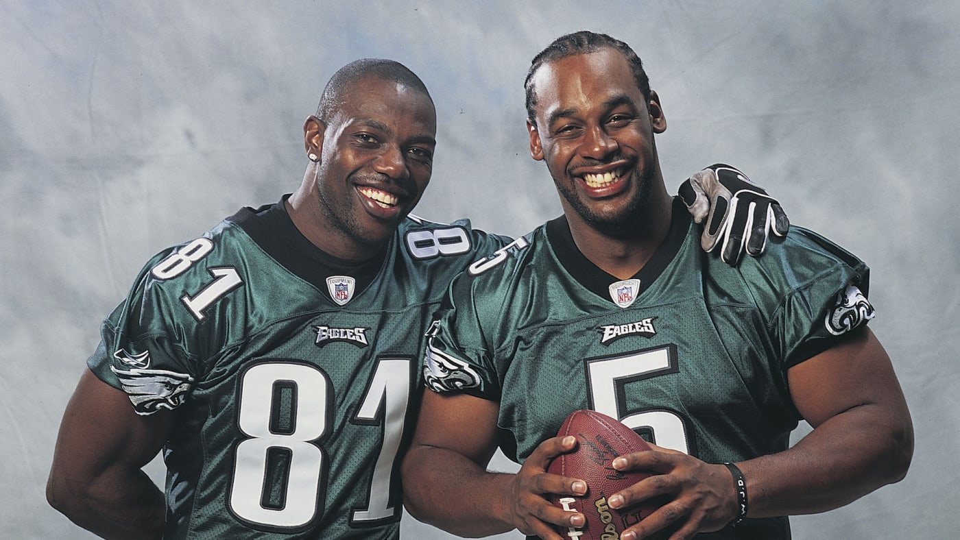 TERRELL OWENS and quarterback DONOVAN MCNABB