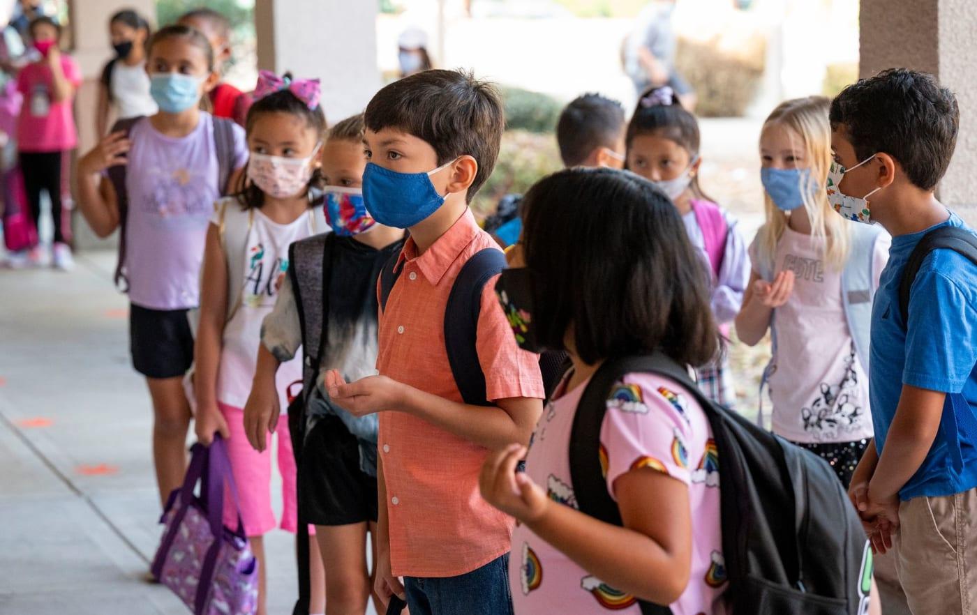 masks-in-school