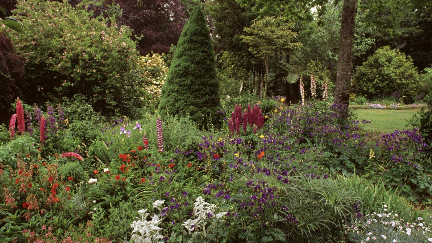 policeman-garden