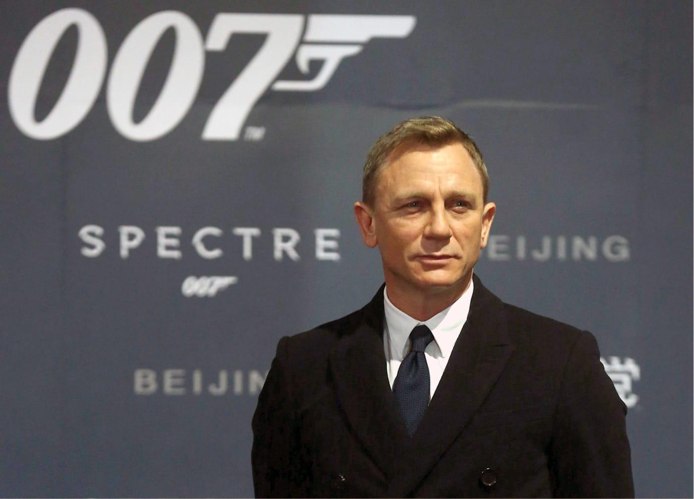 Daniel Craig will play James Bond, again.