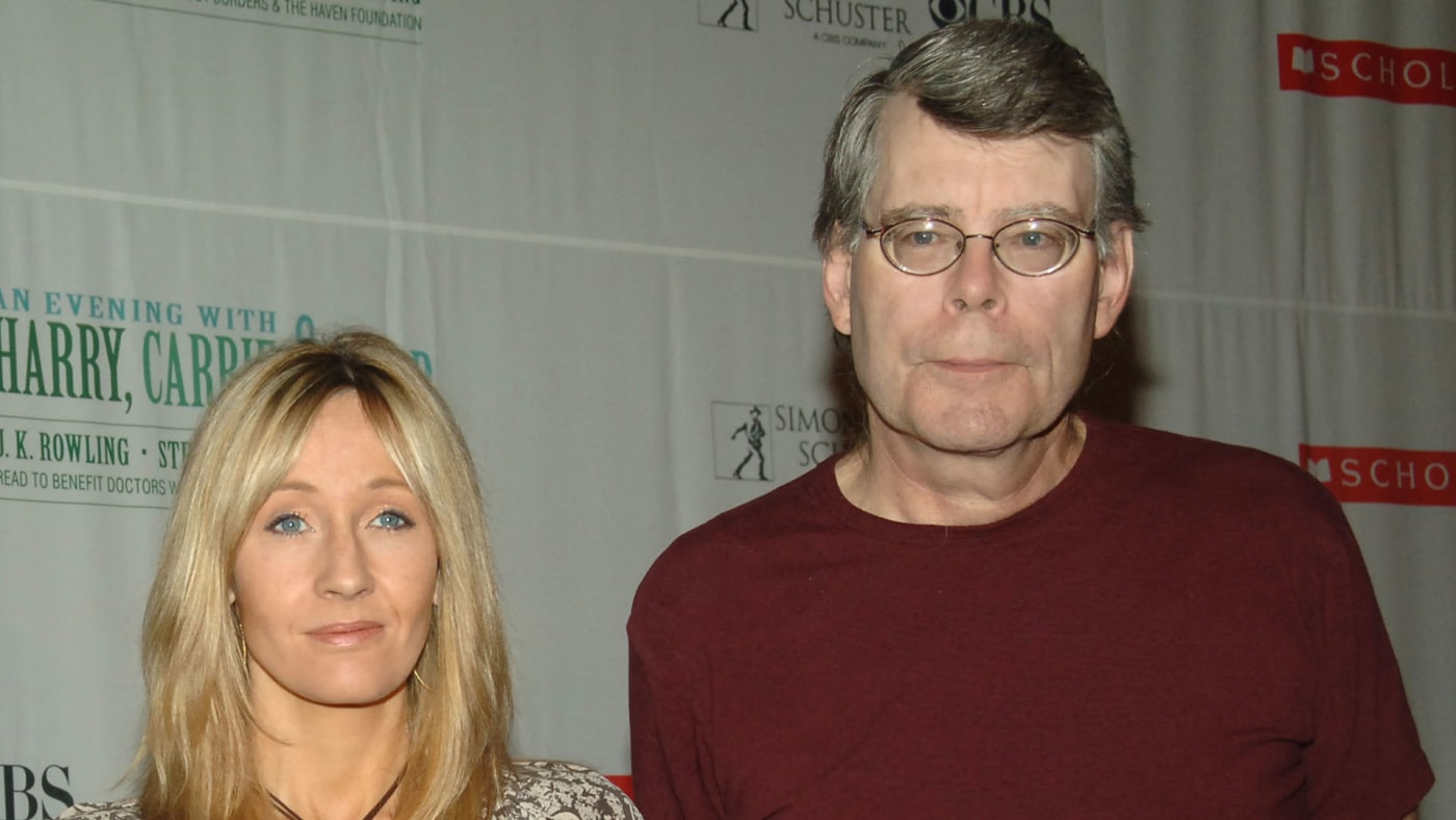 """J.K. Rowling and Stephen King at """"Harry, Carrie and Garp"""" press conference."""