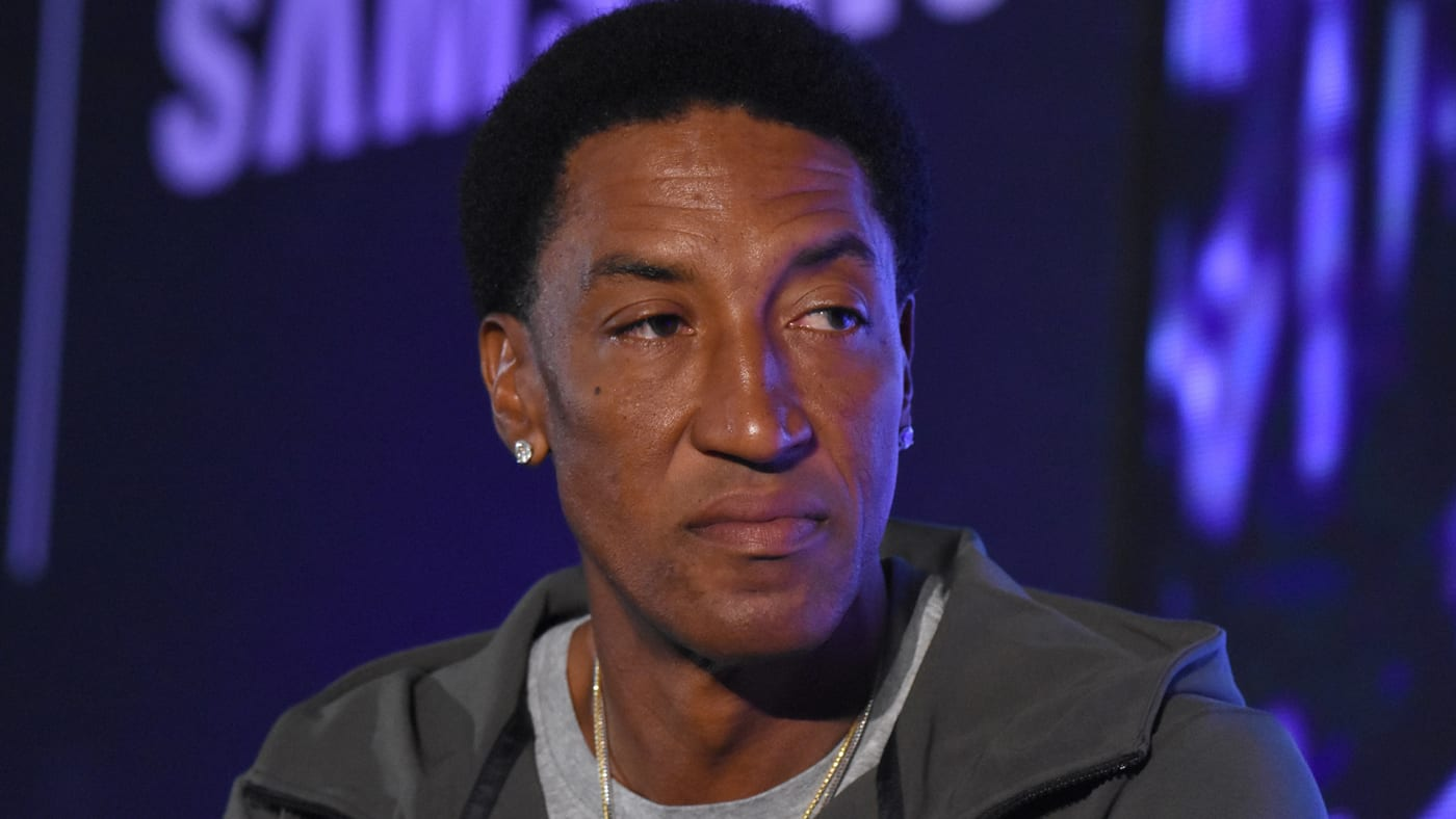 This is a photo of Scottie Pippen