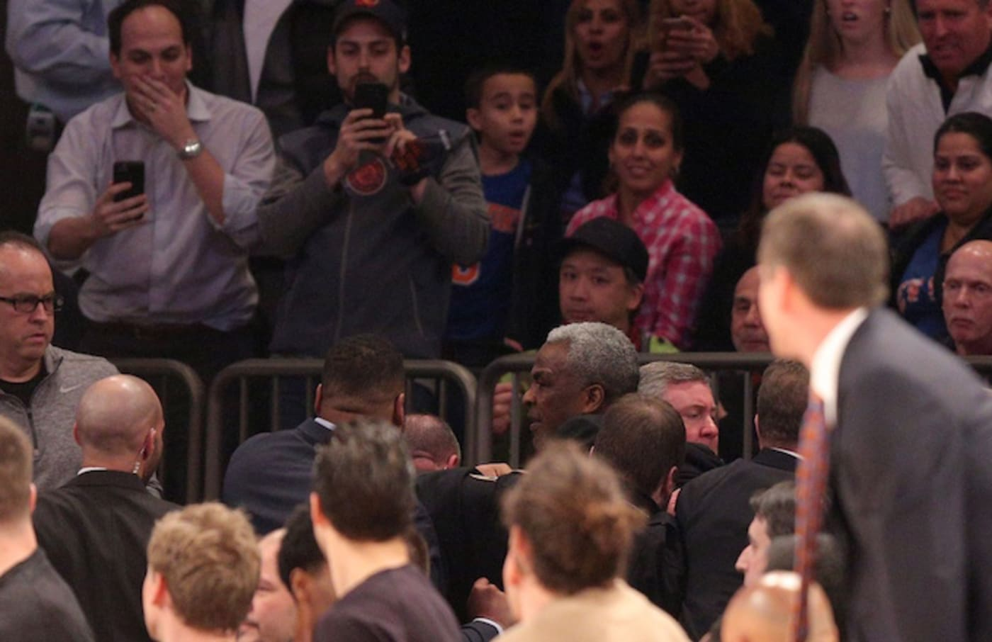Charles Oakley gets ejected from Madison Square Garden.