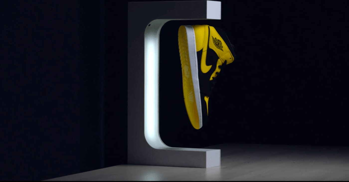 Hype Levitation Display Stand