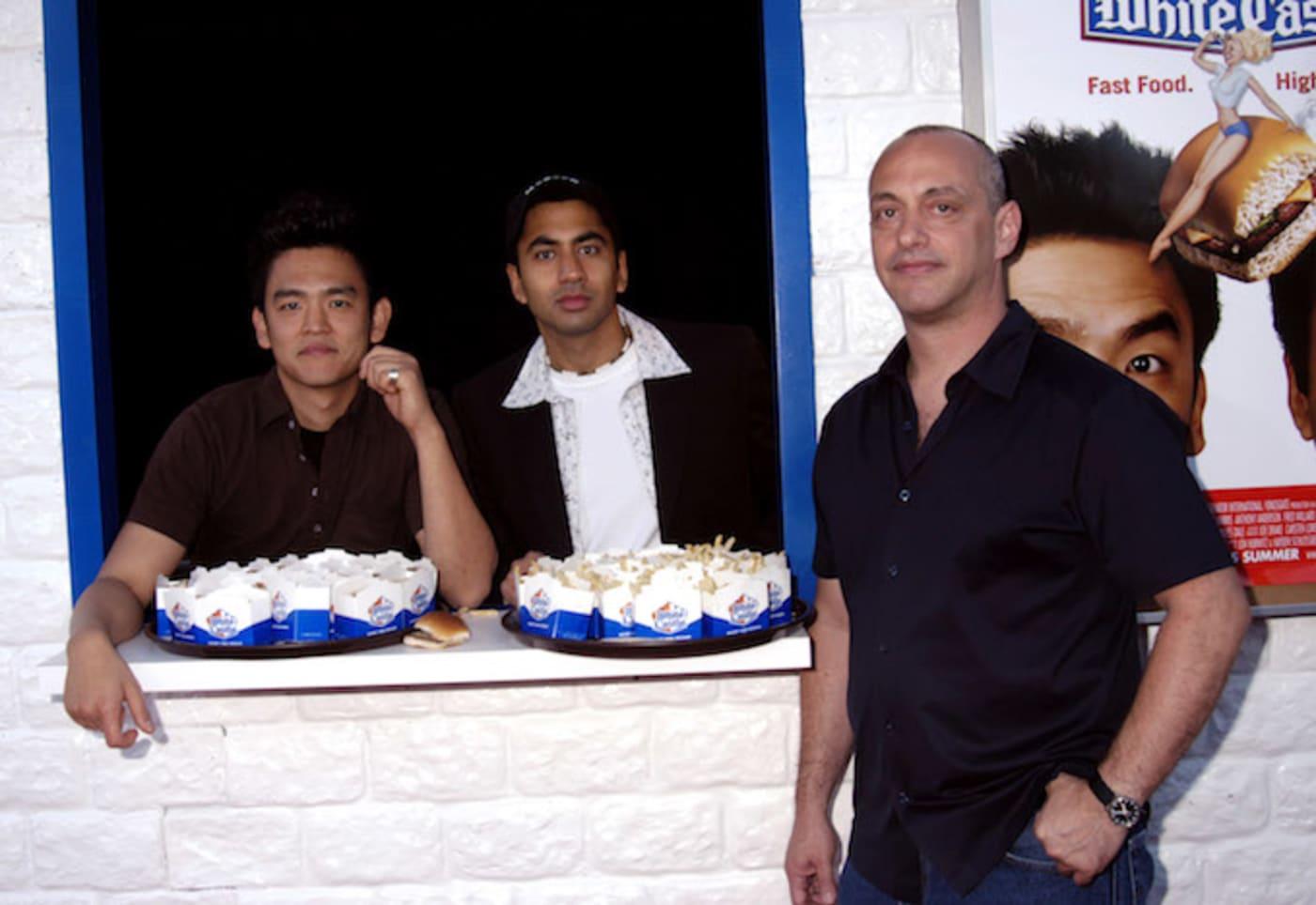 Danny Leiner, John Cho, Kal Penn on set