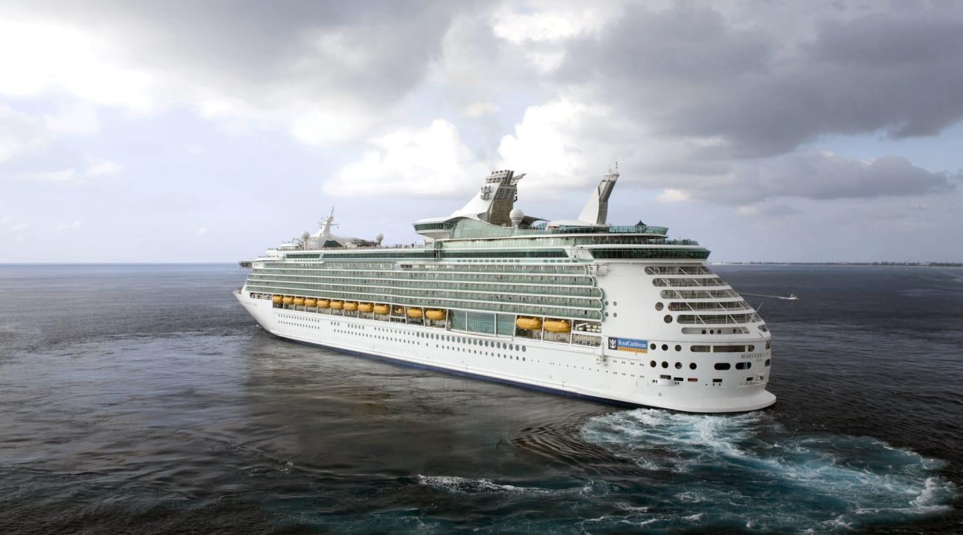 cruise-ship