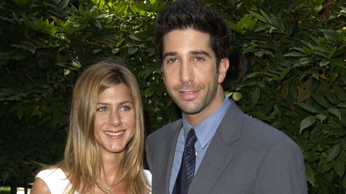 Jennifer Aniston hosts the annual benefit for RTC.