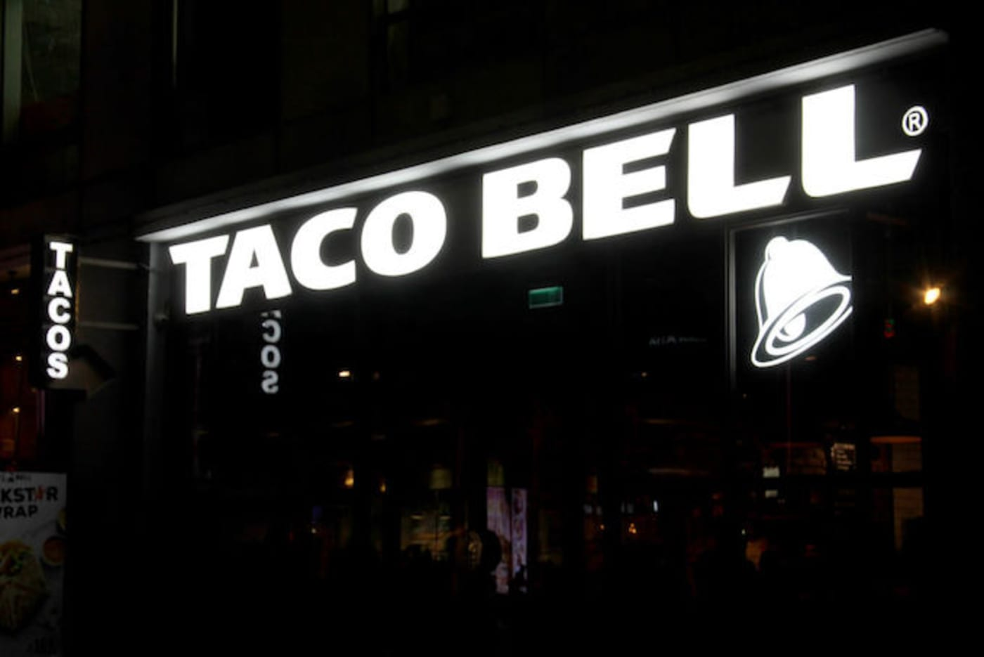taco bell hotel