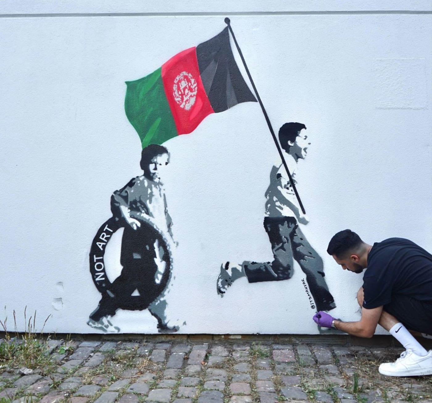 Toronto artist Mahyar Amiri makes mural inspired by Taliban takeover