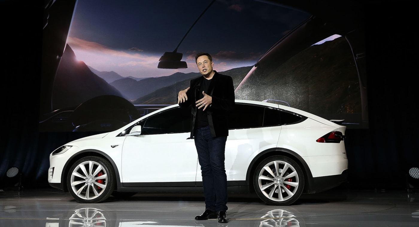 Tesla Elon Musk - SUV