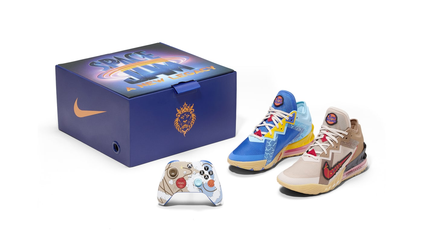 Space Jam: A New Legacy Road Runner vs. Wile E. Coyote Nike Xbox Bundle