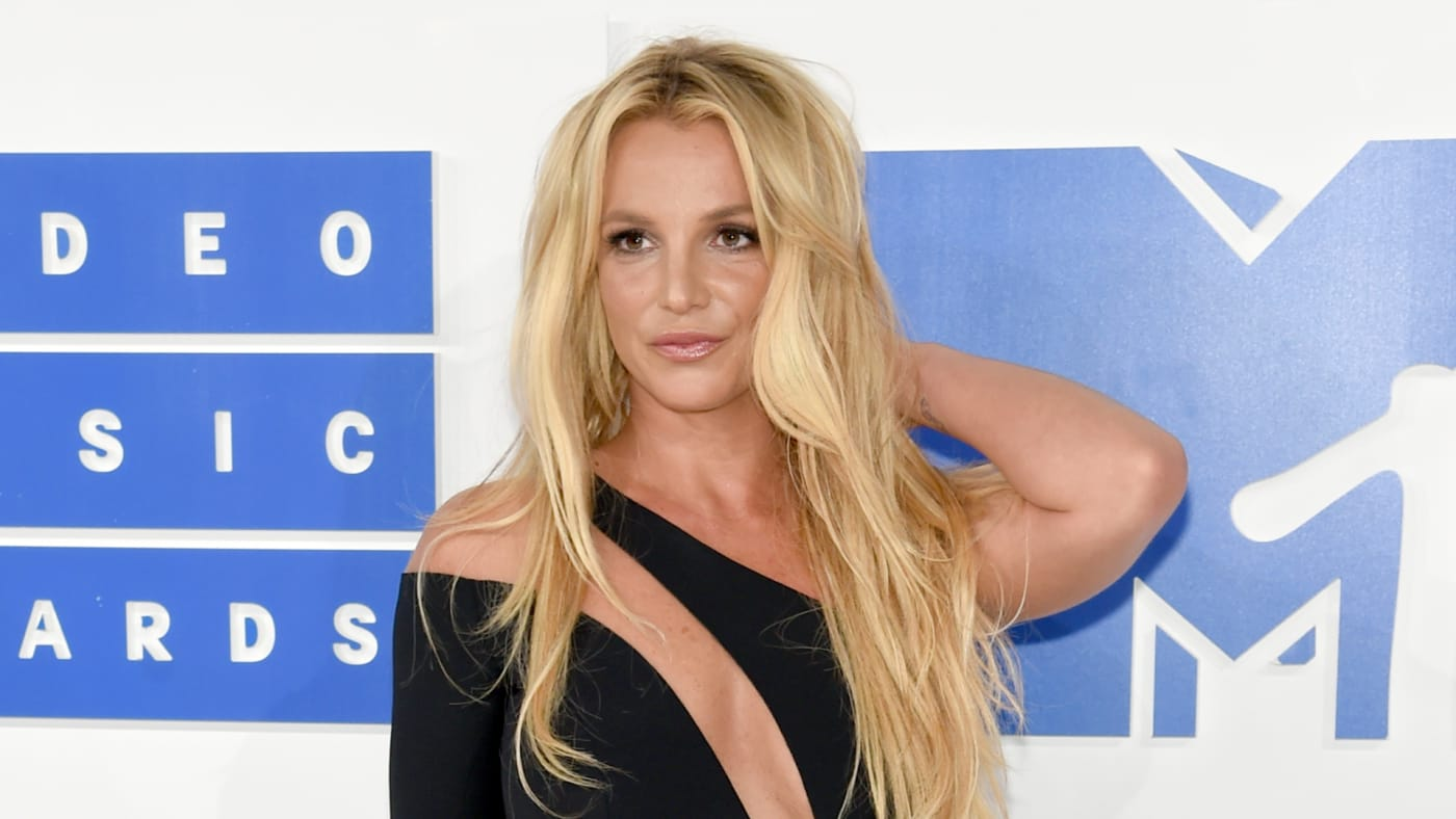 Britney Spears attends the 2016 MTV Video Music Awards.