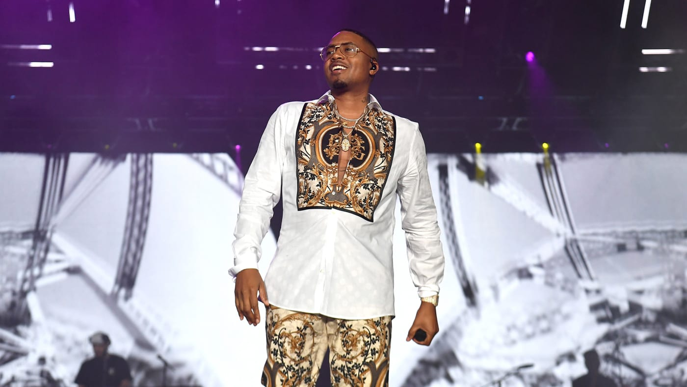 This is a photo of Nas.
