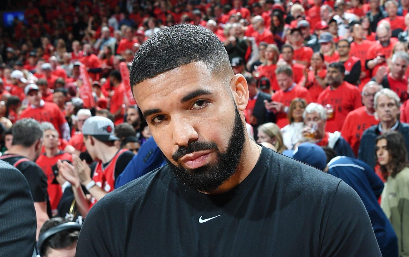 Drake Wearing Nike T Shirt