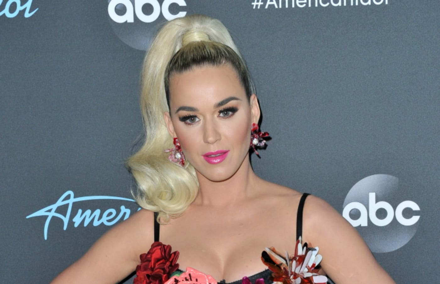 """Katy Perry arrives at ABC's """"American Idol"""" live show"""