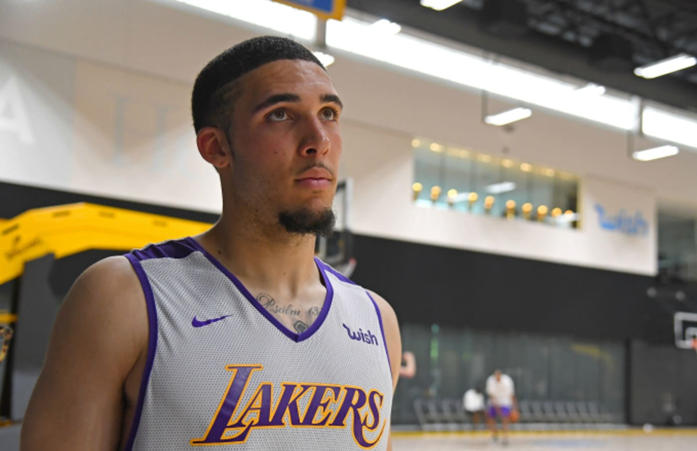 LiAngelo Ball walks on the court during the Los Angeles Lakers 2018 NBA Pre Draft Workout
