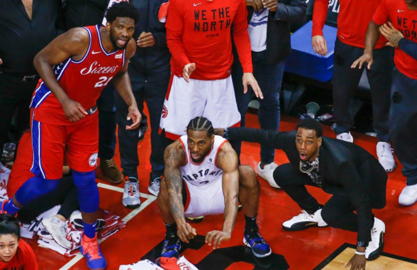 Raptors forward Kawhi Leonard (2) squats down