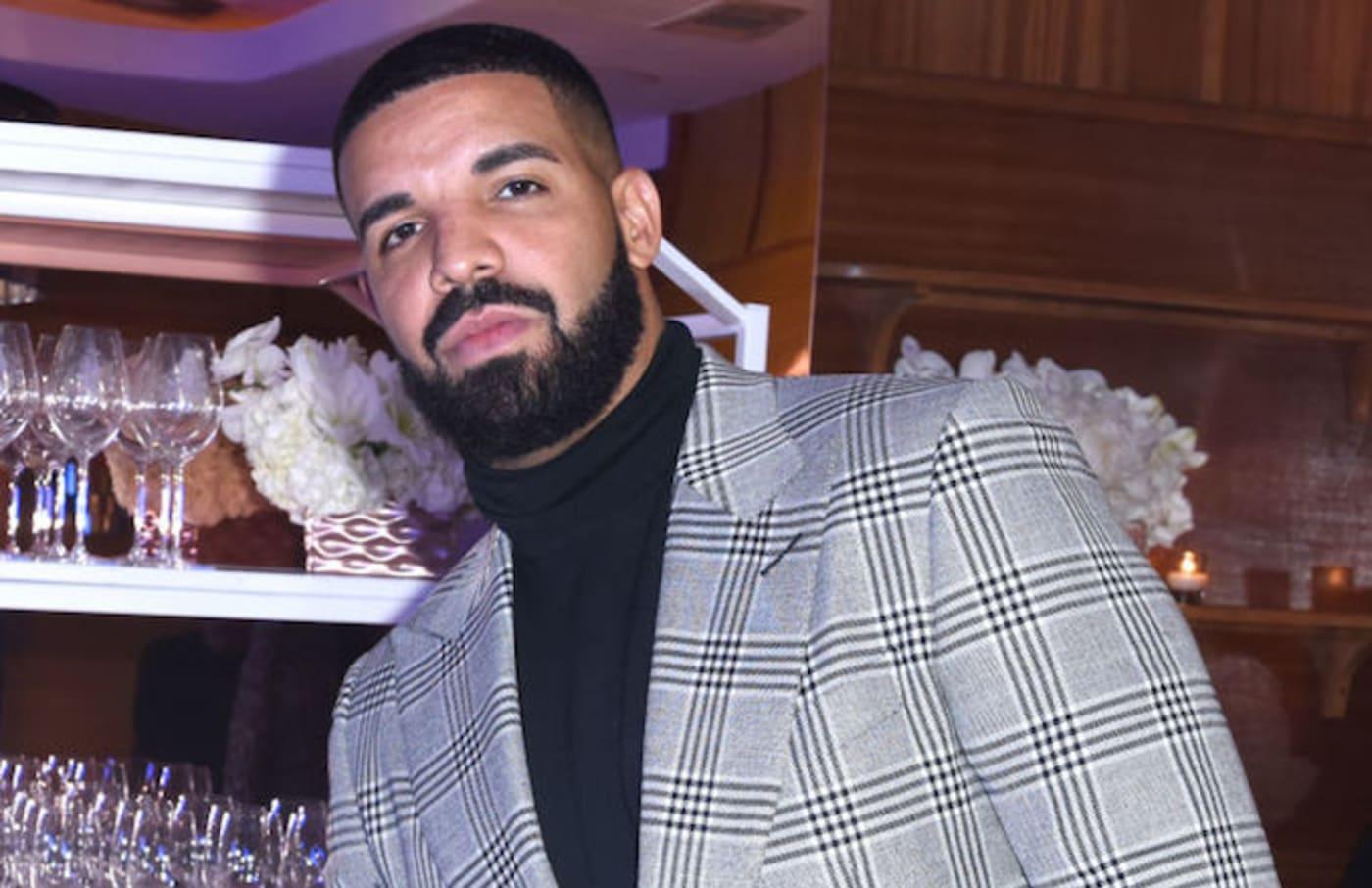 Drake Unfollows Kim