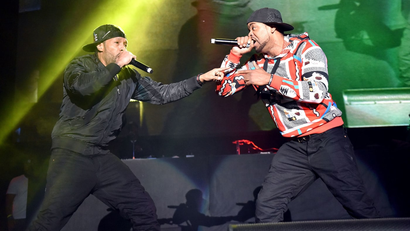 Redman and Method Man perform onstage during the KDay 93.5 Krush Groove concert at The Forum.