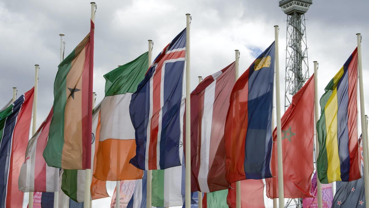 international flags twitter