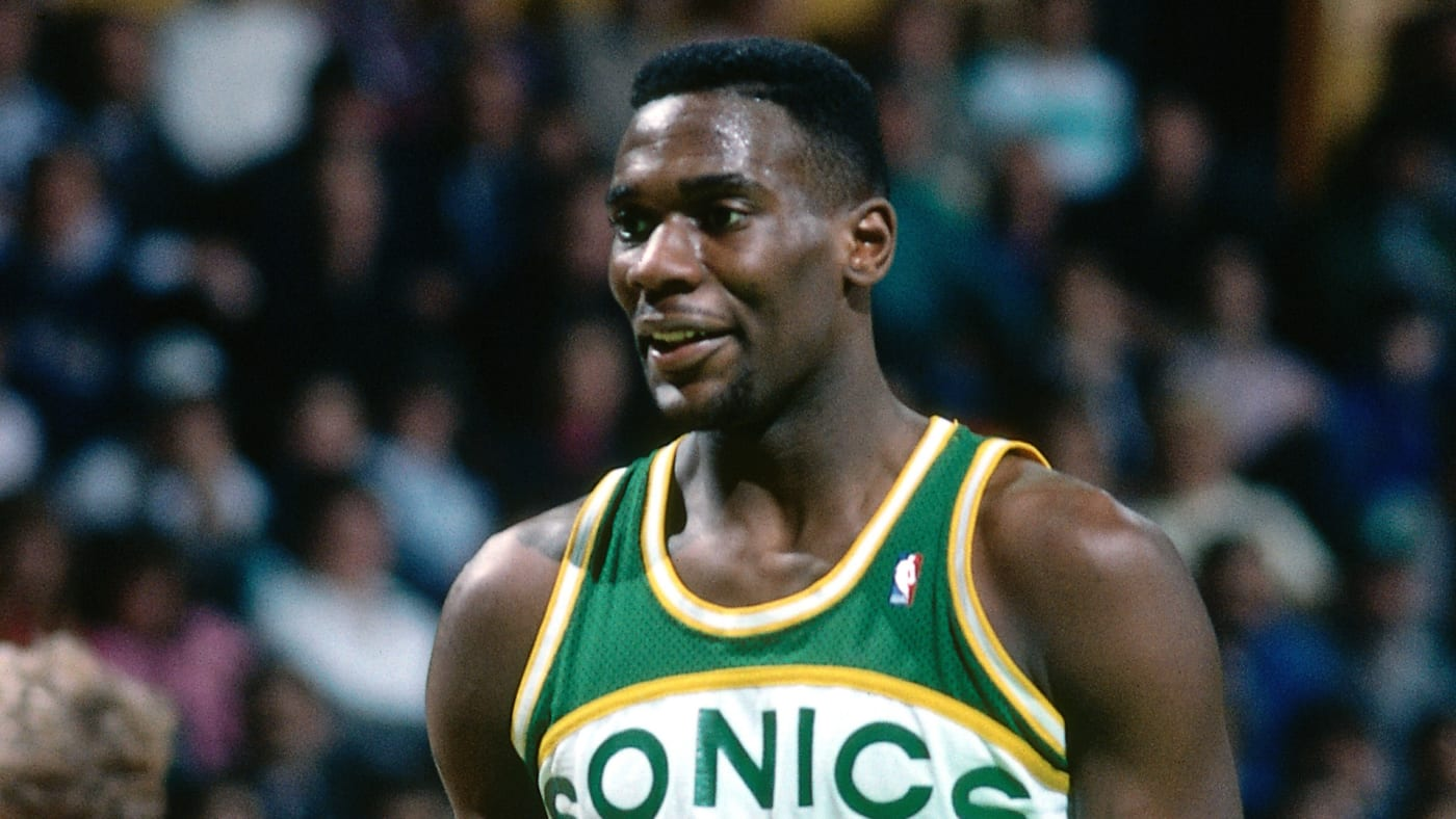 Shawn Kemp stands on the court during a game against the Boston Celtics circa 1990.