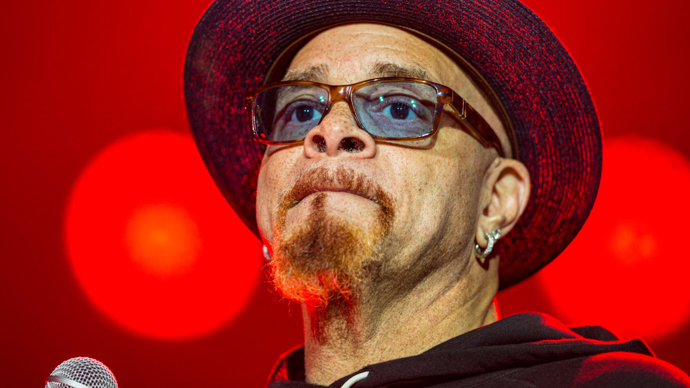 Sinbad performs on stage at The NAMM Show 2020.