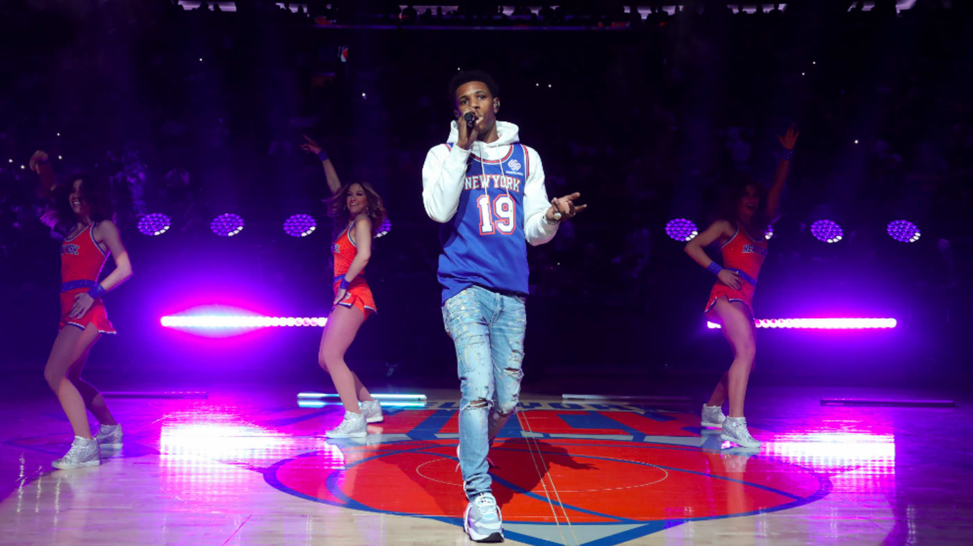 Rapper, A Boogie wit da Hoodie performs during halftime