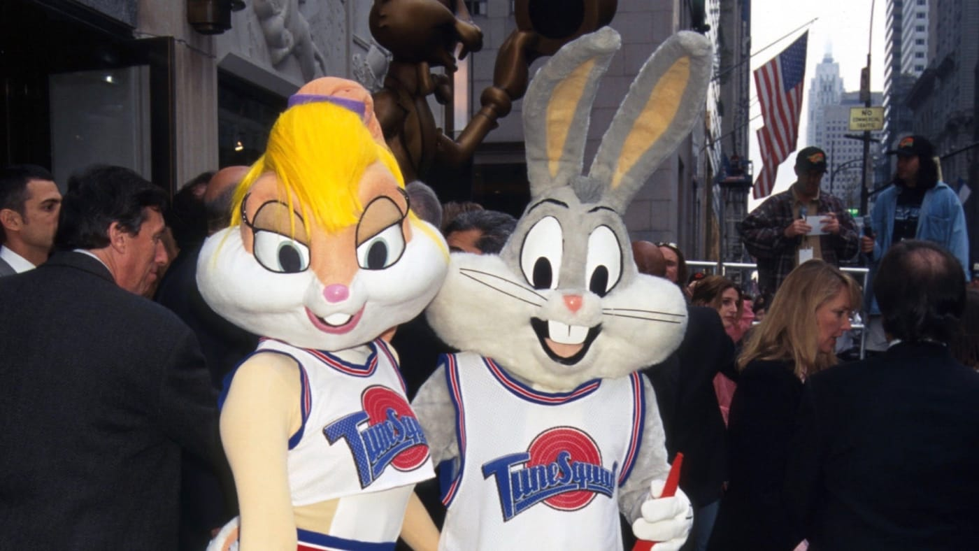 Lola Bunny and Bugs Bunny
