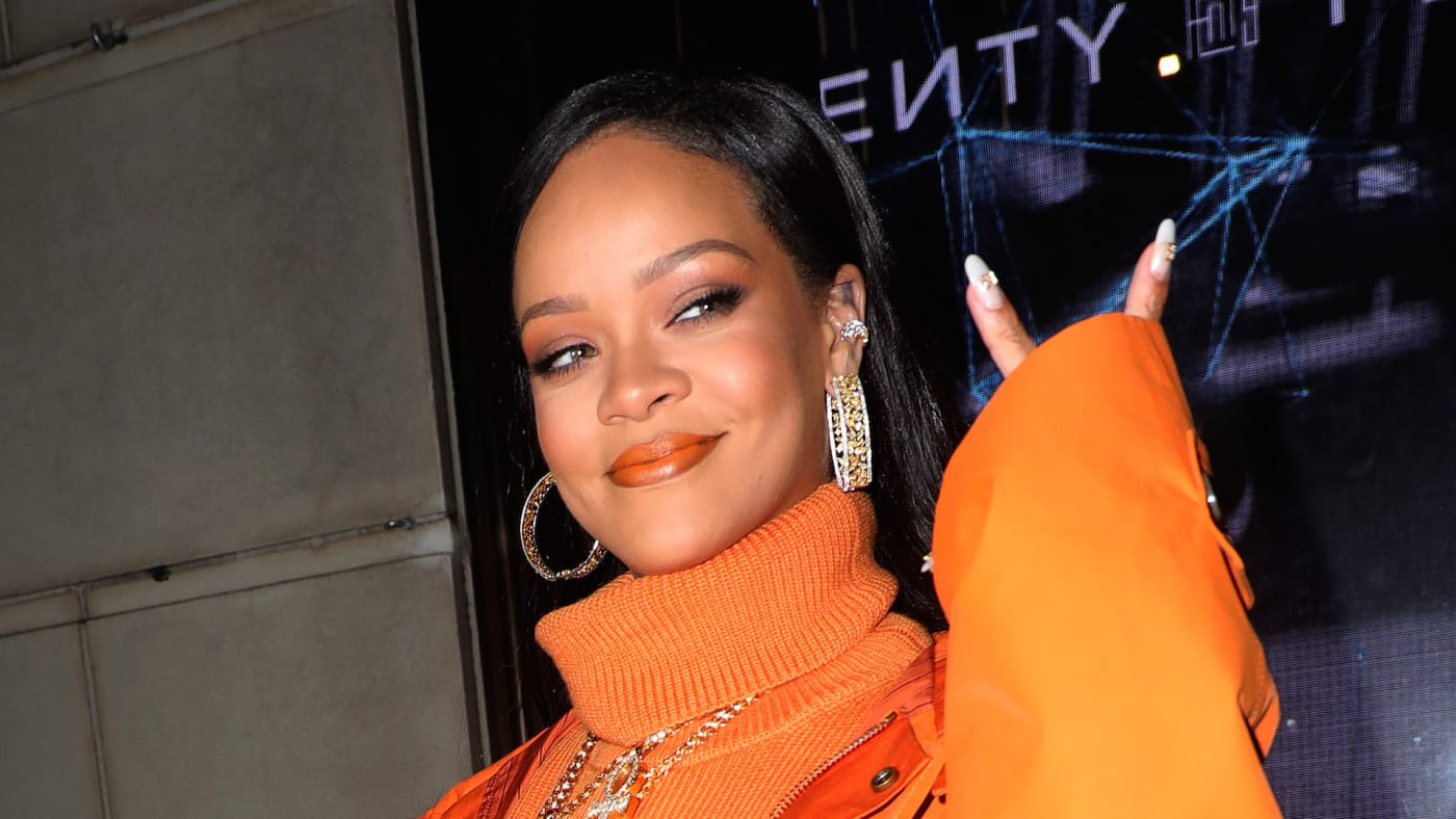 Rihanna is seen outside Bergdorf Goodman arriving at a Fenty event