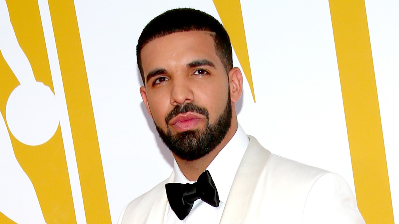 Drake attends the 2017 NBA Awards.