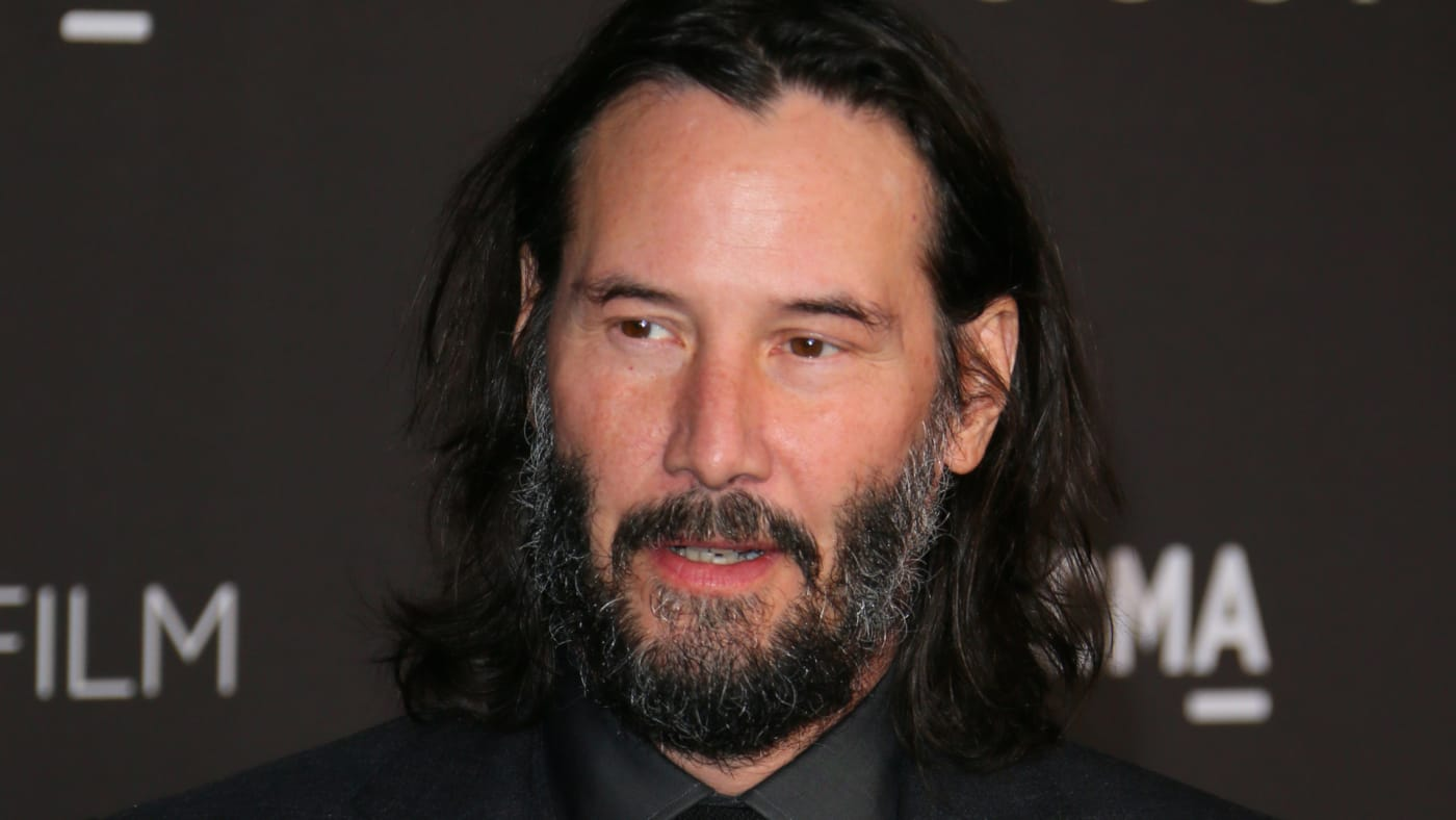 Keanu Reeves arrives for the 2019 LACMA Art+Film Gala.