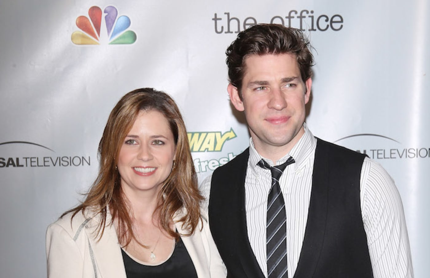 "Jenna Fischer and John Krasinski arrive at ""The Office"" series finale wrap party."