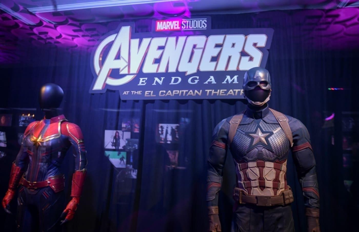 captain america avengers suit