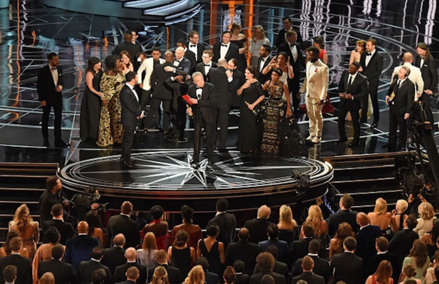 The cast of 'Moonlight' and ''La La Land' appear on stage