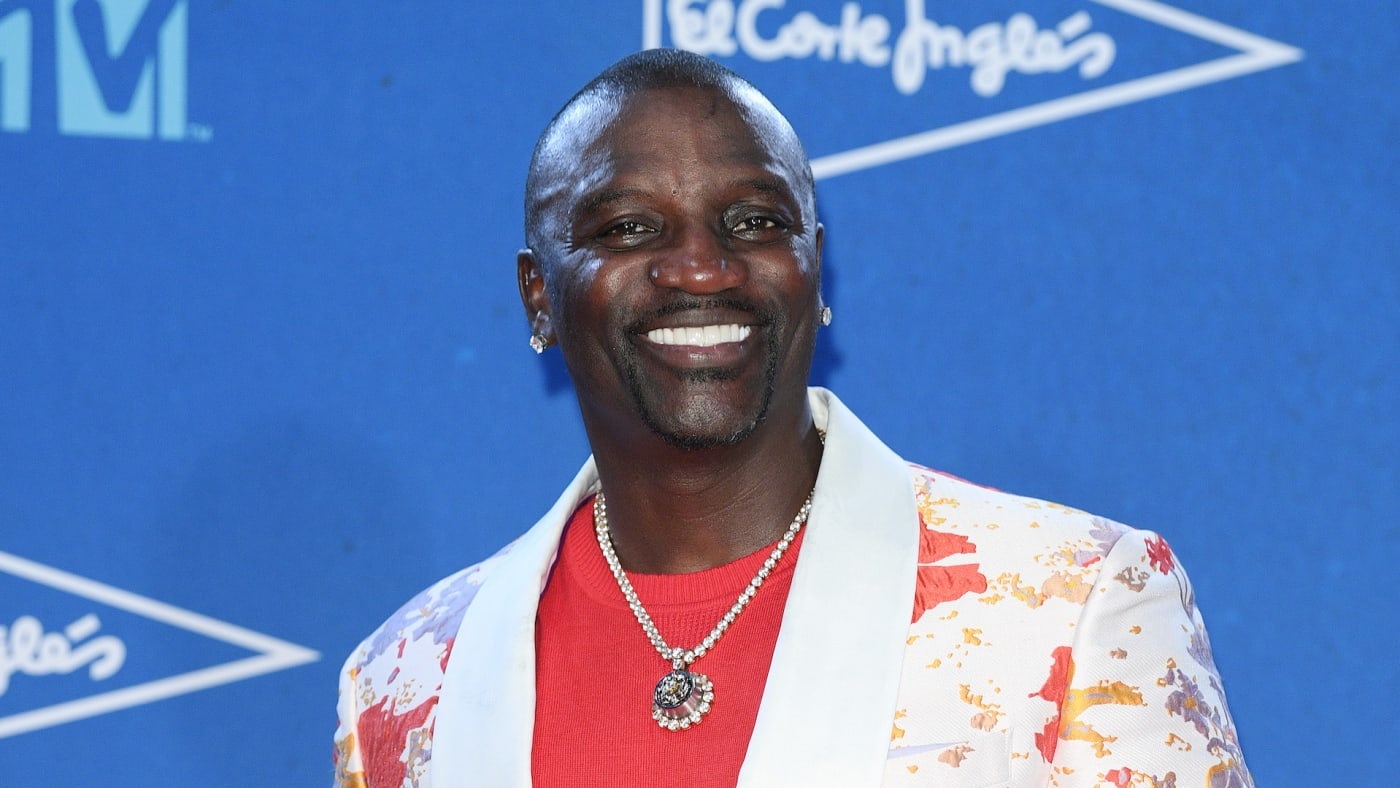 Akon in the winners room during the MTV EMAs 2019