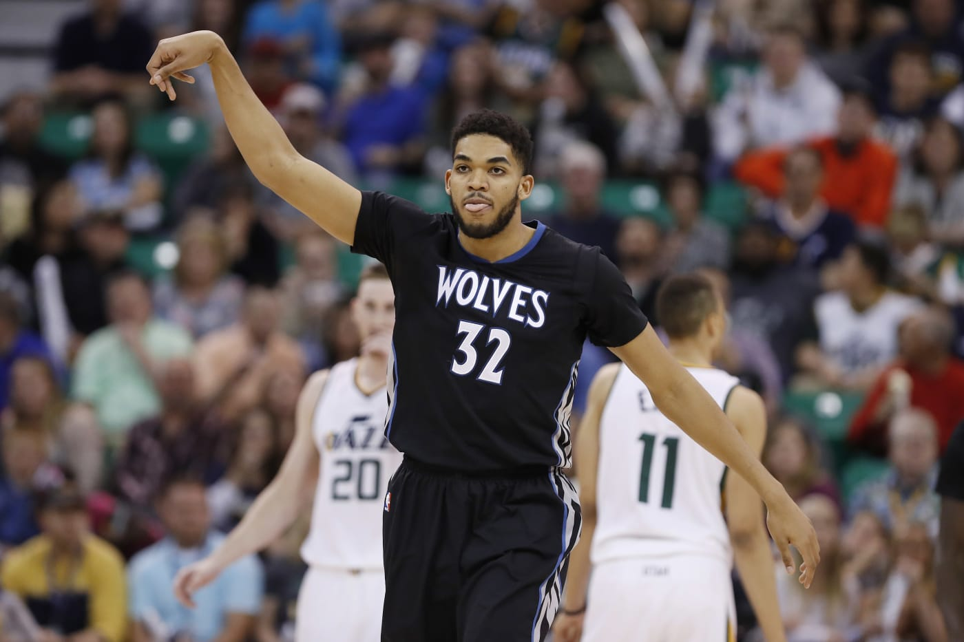Karl Anthony Towns Wolves Jazz 2017