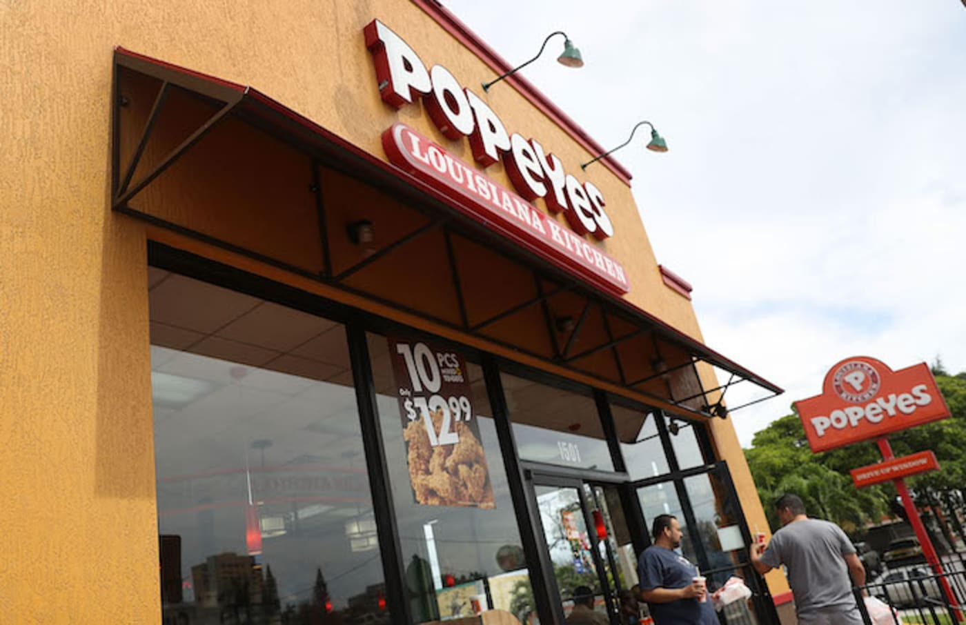 popeyes chicken selling out