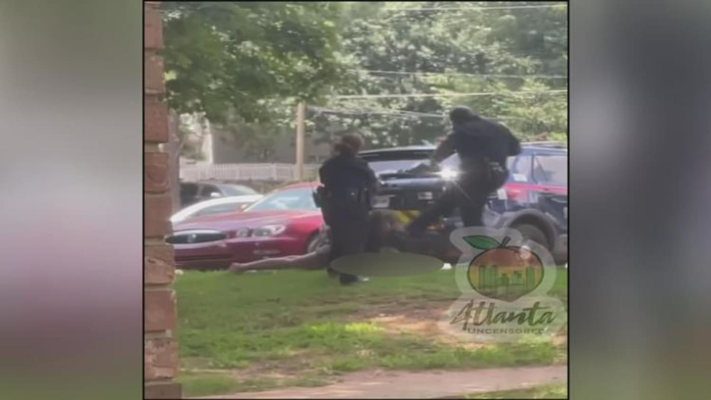 cop kick