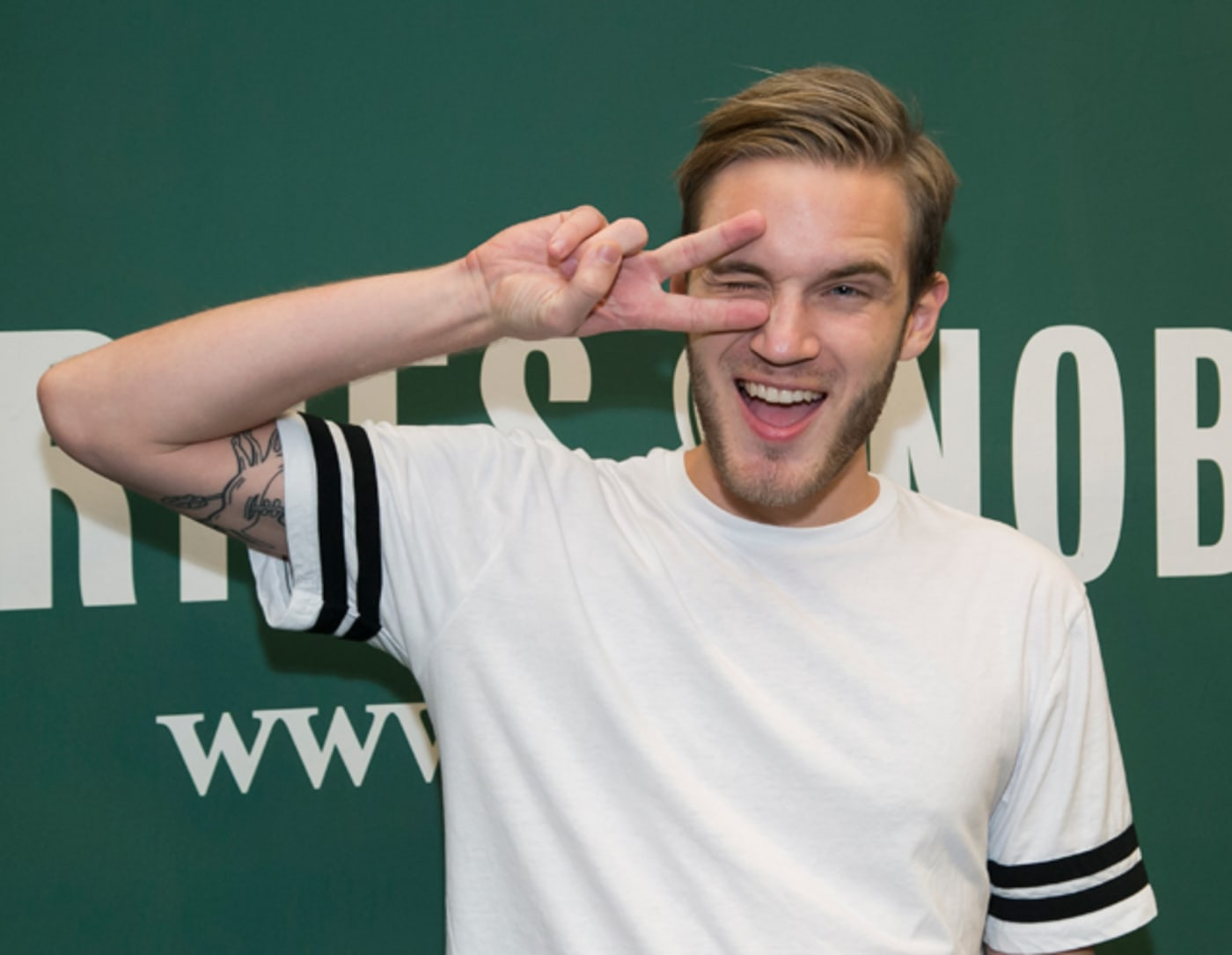 PewDiePie signs his new book 'This Book Loves You' at Barnes & Noble
