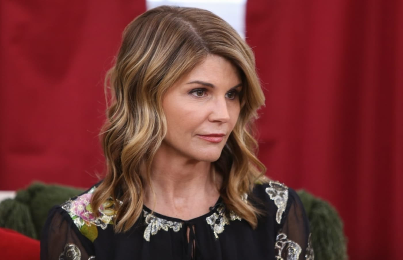 lori loughlin face