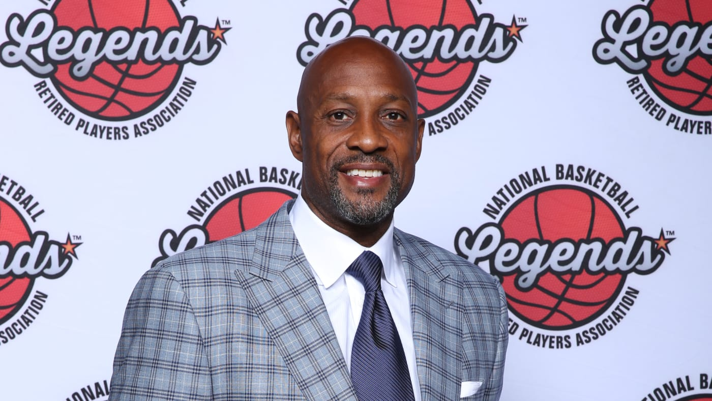 Alonzo Mourning poses for a portrait at the Legends Brunch during 2019 NBA All Star Weekend.