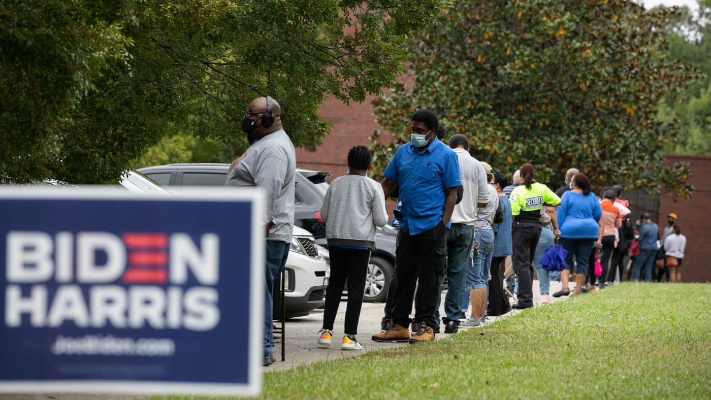 Voters lined up to vote in Georgia