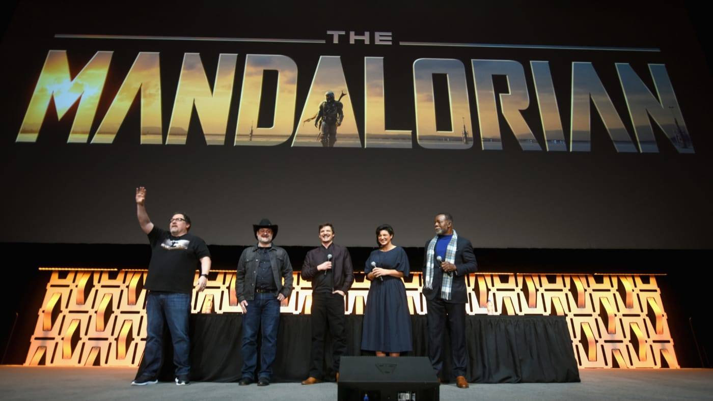 """Cast and crew onstage during """"The Mandalorian"""" panel."""