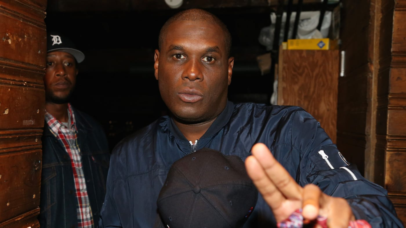 Jay Electronica backstage at Brooklyn Bowl