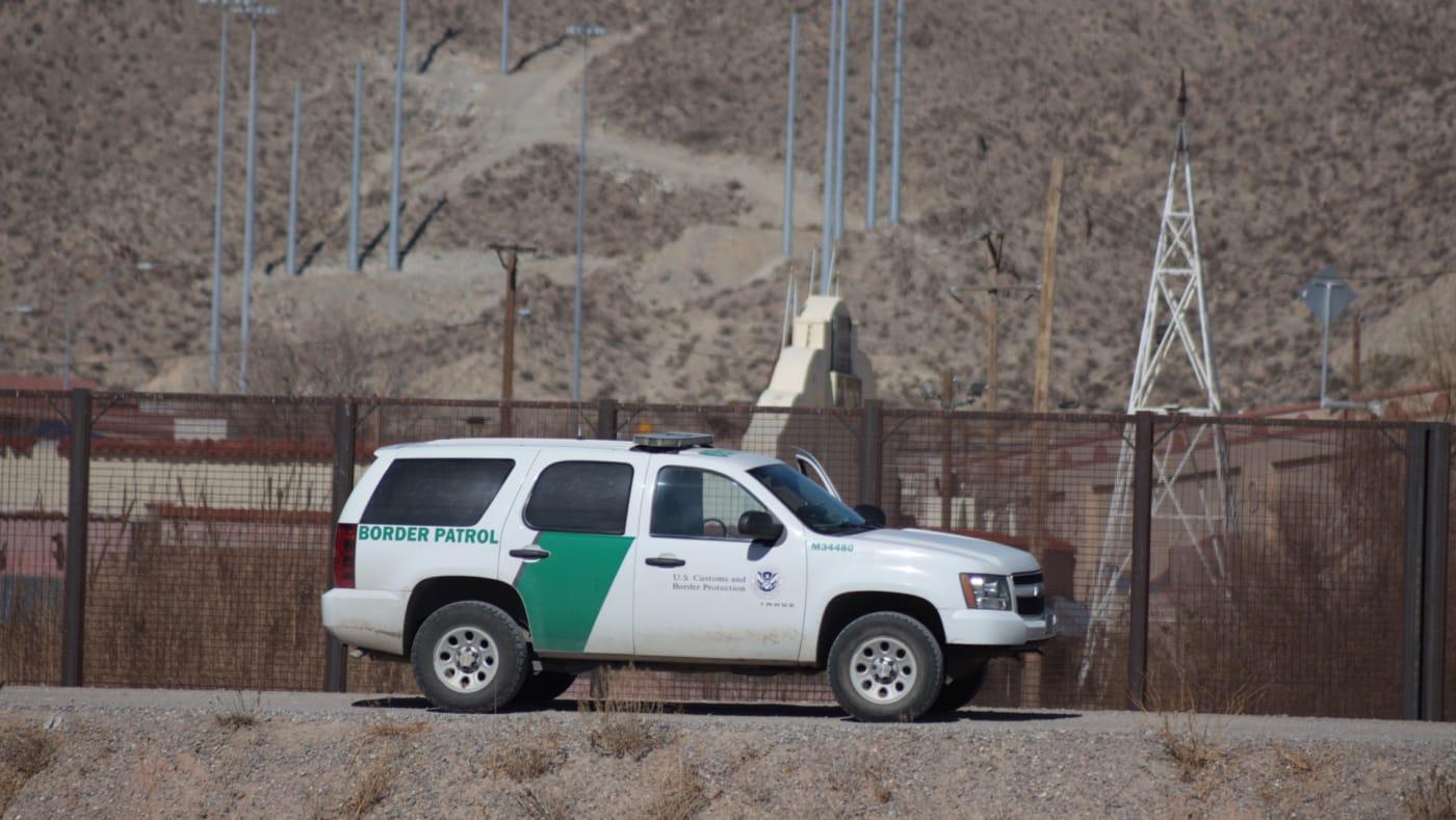 A Border Patrol vehicle along the US Mexico border