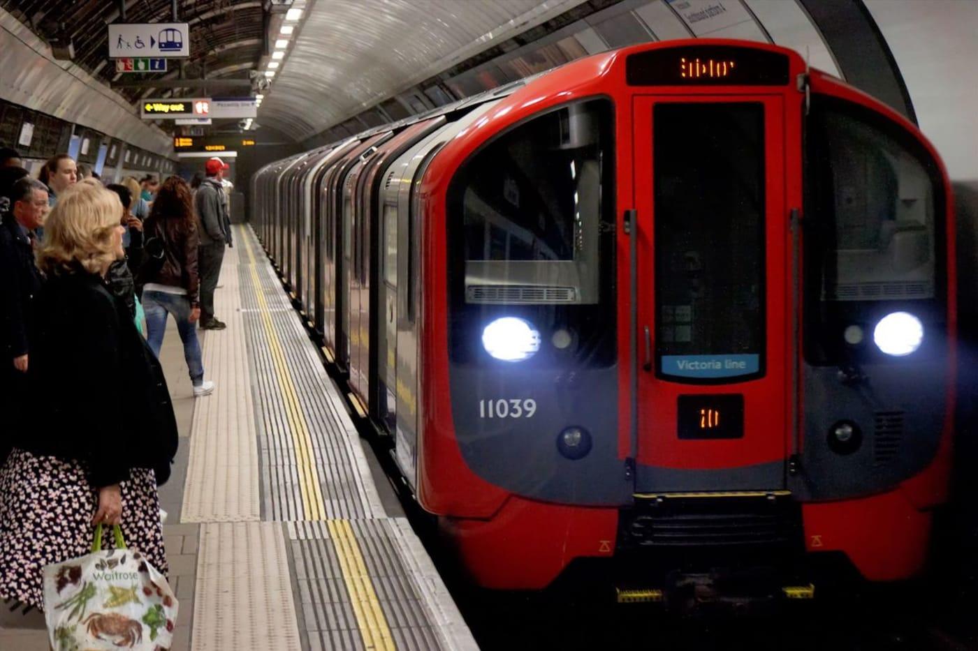 Sadiq Khan Confirms London's Night Tube Will Return From Next Month