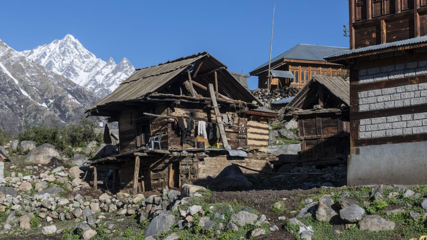 india-landslide-9-dead-chitkul