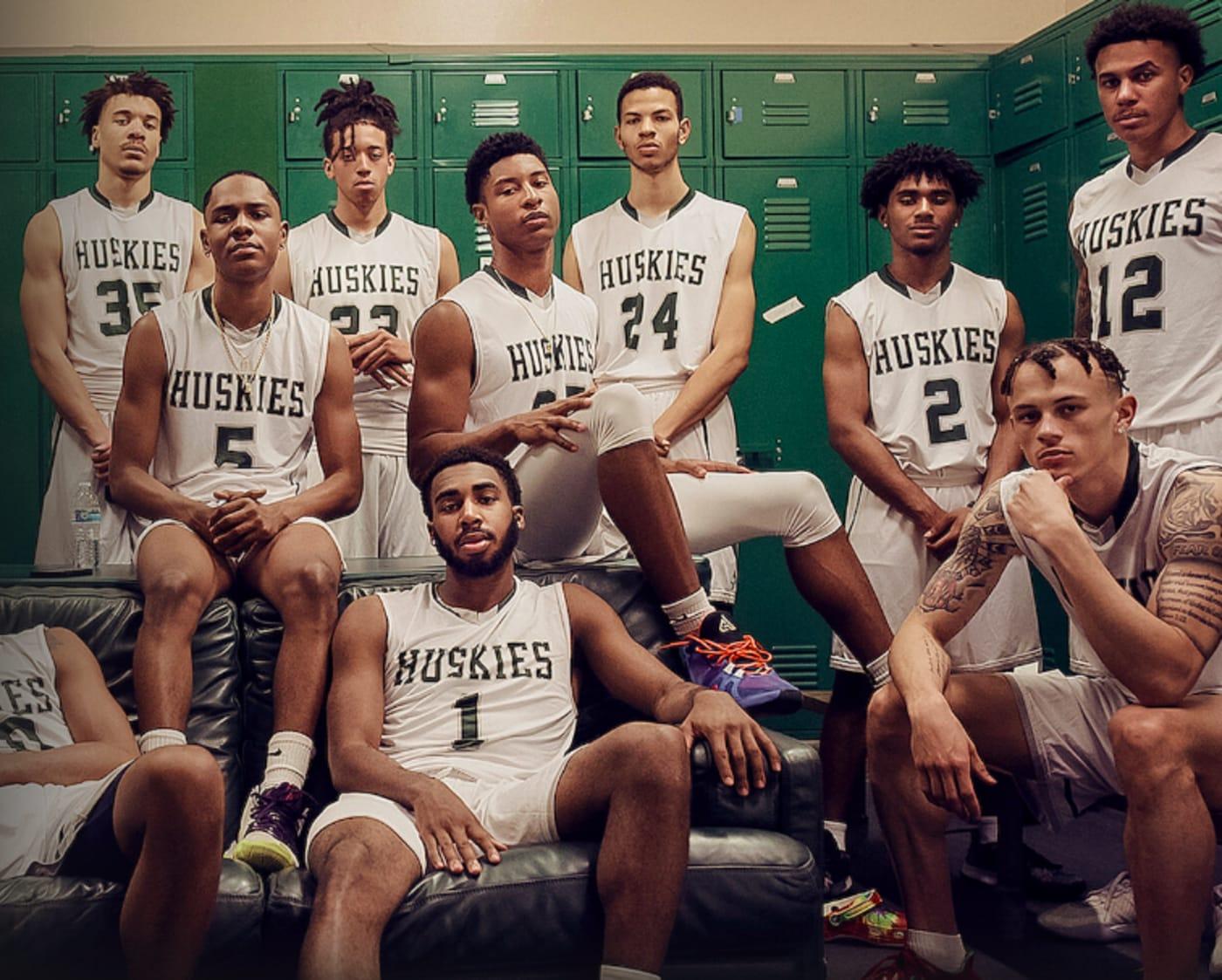 Last Chance U: Basketball 2021 Netflix Locker Room